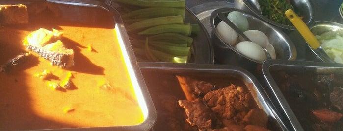 Nasi Kandar Ali Pantai Johor is one of Favorite Food.