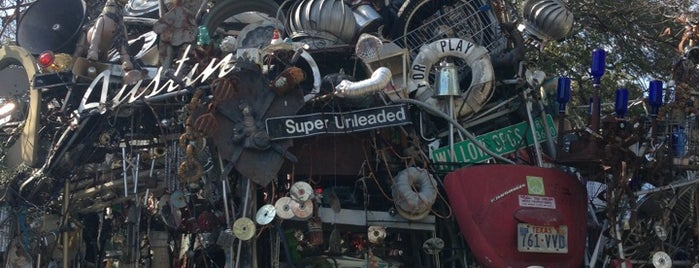 Cathedral of Junk is one of Keeping Austin Weird.