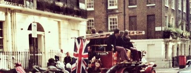 Edgware Road is one of Summer in London/été à Londres.