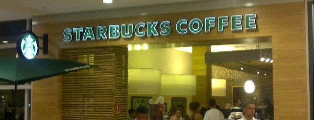 Starbucks is one of ParkShoppingSãoCaetano.