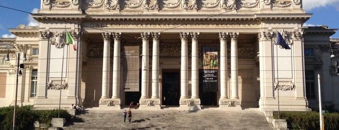 Galleria Nazionale d'Arte Moderna is one of Da non perdere a Roma.