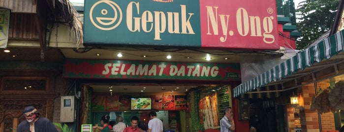 Gepuk Ny. Ong is one of Favorite Food.
