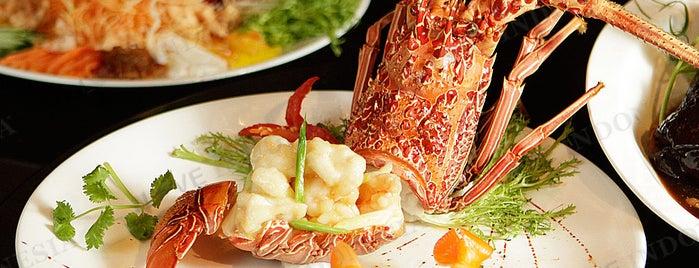 Mandarin Oriental, Jakarta is one of Love Indonesia's Tips.