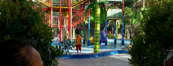 Caribbean Island Water Park is one of Guide to Balikpapan's best spots.