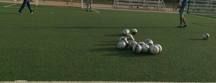 ملعب مدرسة أبن الأثير is one of Courts Kuwait.
