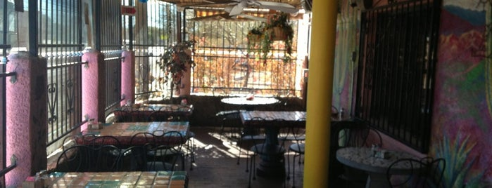 El Minuto Cafe is one of TUC Latin Faves in The Old Pueblo.