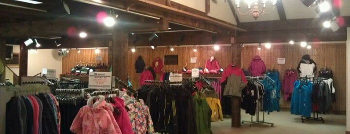 mount snow sports @ the cupola is one of SNOWBOARD SHOPS.