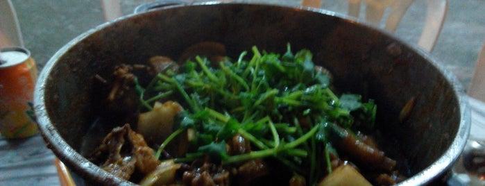 至尊重慶雞煲 is one of Percy land.