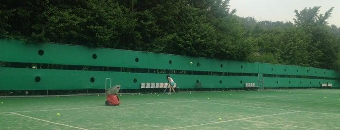 이화여자대학교 테니스장 (Ewha Womans University Tennis Courts) is one of 이화여자대학교 Ewha Womans University.