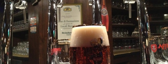 Au Vieux Strasbourg is one of Best Happy Hours in Milan!.