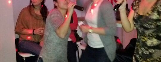 Karaoke Shout is one of Astoria-Astoria!.