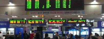 동대구역 (Dongdaegu Stn. - KTX/Korail) is one of 10,000+ check-in venues in S.Korea.