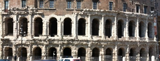 Teatro di Marcello is one of Da non perdere a Roma.