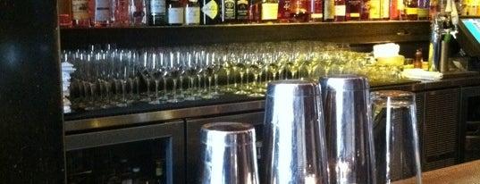 Oola Restaurant & Bar is one of CA Trip '11.