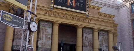 Revenge Of The Mummy is one of Florida Trip '12.