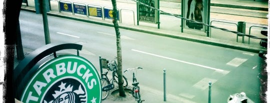 Starbucks is one of Best places in Budapesten..