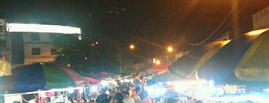 OUG Pasar Malam is one of Yeh's Fav Pasar Malam ^o^.