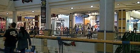 Mall Florida Center is one of Shopping en Stgo..