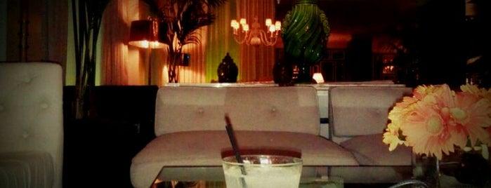 "Cameo Bar at Viceroy Santa Monica is one of Bars ""trop indés"" dans le monde."