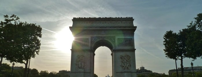 Arc de Triomphe is one of Paris Attractions.