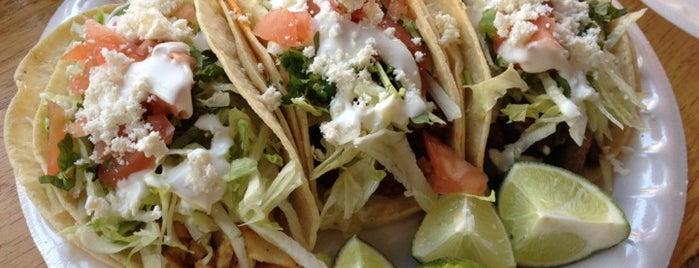 La Delicia Deli is one of Bushwick Tacos.