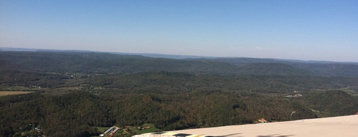 Lookout Mountain Hang Gliding is one of The 4sqLoveStory.