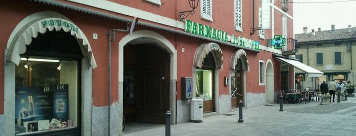 Farmacia Scacchi is one of Free Wi-Fi.