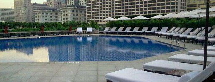InterContinental Hong Kong 香港洲際酒店 is one of Incredible Pools.