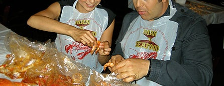 Hot N Juicy Crawfish is one of Travel Channel.