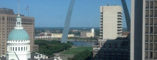 Hilton St. Louis at the Ballpark is one of Beautiful Views.