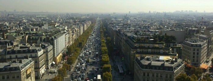 Avenue des Champs-Élysées is one of Must-See Attractions in Paris.