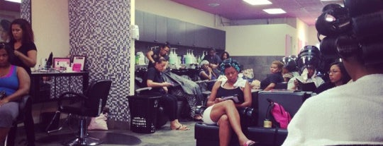 Sintia's Dominican Salon is one of Mine.