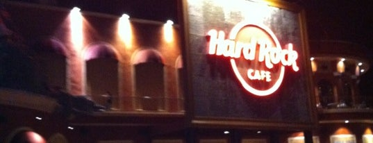 Hard Rock Cafe Orlando is one of Dicas de Orlando..