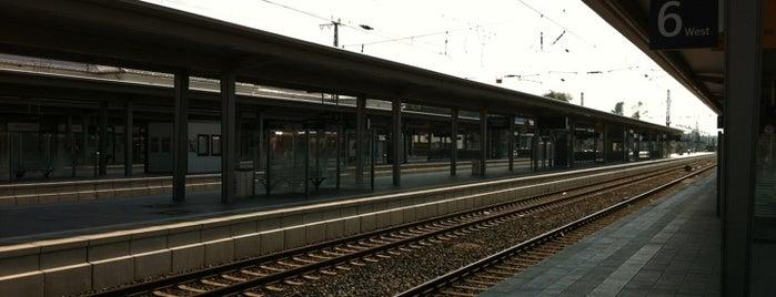 Bahnhof Rosenheim is one of Bahnhöfe DB.