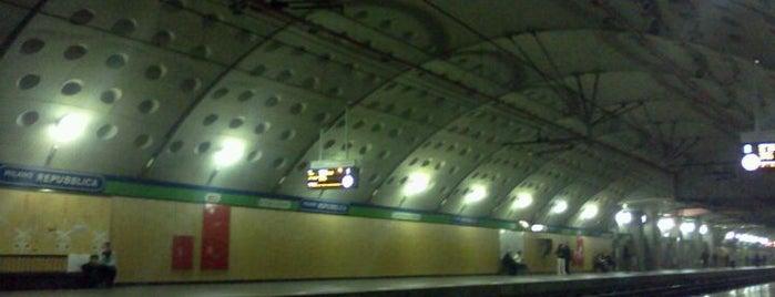 Passante Repubblica (linee S) is one of Linee S e Passante Ferroviario di Milano.