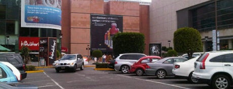 Centro Santa Fe is one of Centros comerciales predilectos.