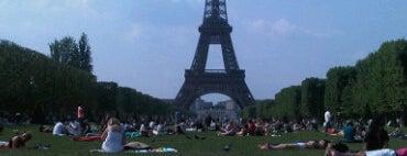 Parc du Champ de Mars is one of Parcs & Jardins de Paris.