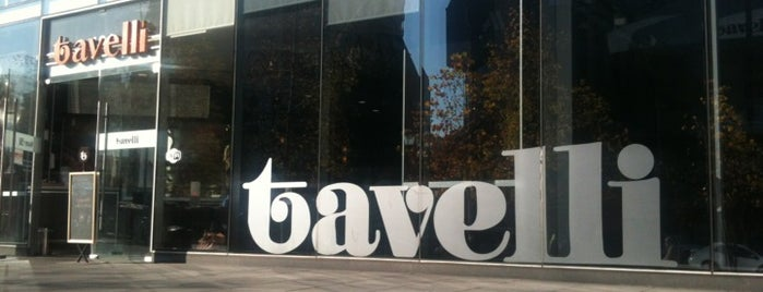 Tavelli is one of Un buen café!.