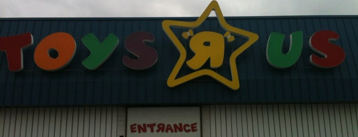 "Toys""R""Us is one of Springfield, Springfield!!."
