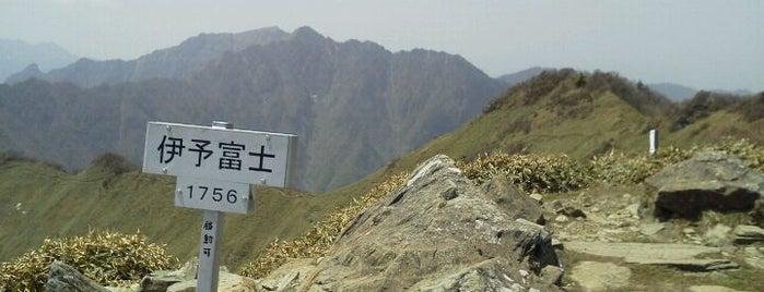 伊予富士 is one of 四国の山.