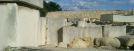 Tarxien Neolithic Temples is one of Malta Cultural Spots.