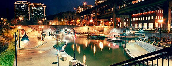 Canal Walk is one of Family trips.