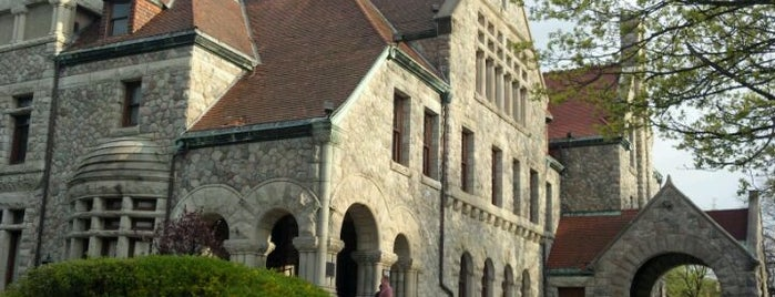 Tippecanoe Place is one of Indiana's National Historic Landmarks.
