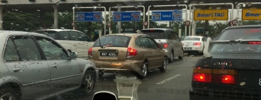 Plaza Tol Seafield is one of Highway & Common Road.