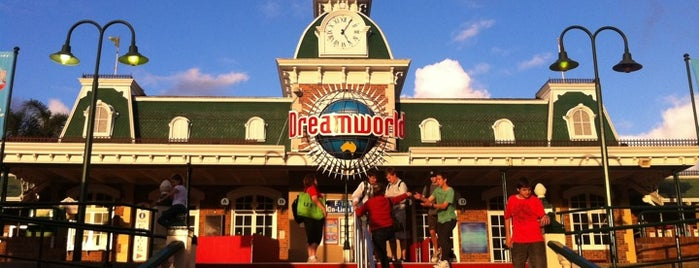Dreamworld is one of Gold Coast.