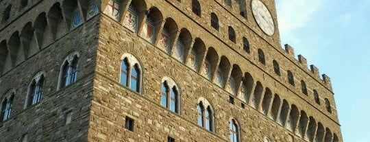 Piazza della Signoria is one of Firenze (Florence).