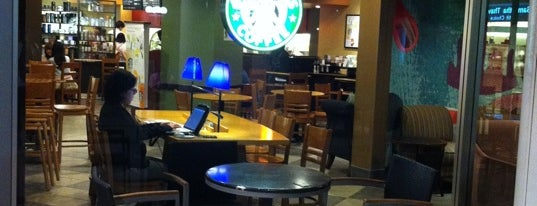 Starbucks Coffee ららぽーとTOKYO-BAY 南館店 is one of スターバックス.