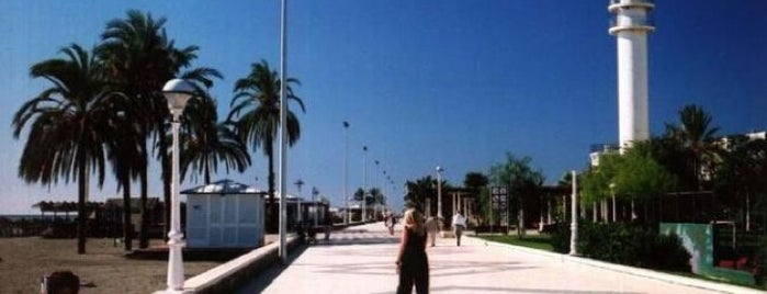 Torre del Mar Boardwalk is one of 101 cosas en la Costa del Sol antes de morir.