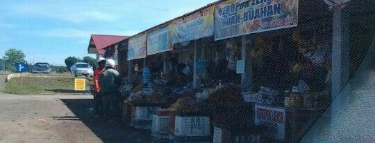 Gerai Buah is one of @Hulu Terengganu.
