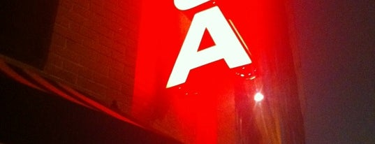 AOA Bar & Grill is one of New York City Guide.